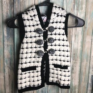 Tahari Knitted Vest size 2T